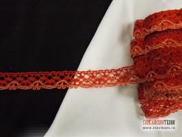 Кружево из вискозы, цвет красно-белый, ширина 15 мм